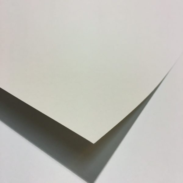 PAPER CONQUEROR VERJURAT 70 X 100 CM 100 GR PERLA