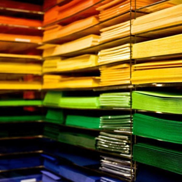 PAPERS I TARGETES COLORS